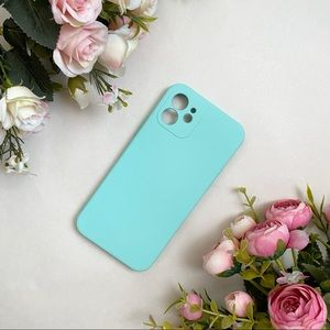 Pastel Green Mint Silicone iPhone 12 Case NWOT